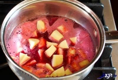 اضافه کردن انار به میوه به