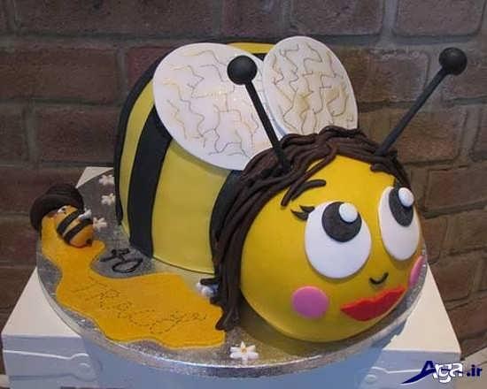 کیک تولد به شکل زنبور