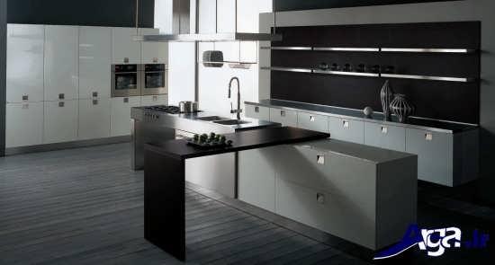 طراحی داخلی آشپزخانه تیره