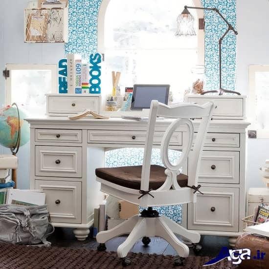 میز کامپیوتر با طراحی شیک