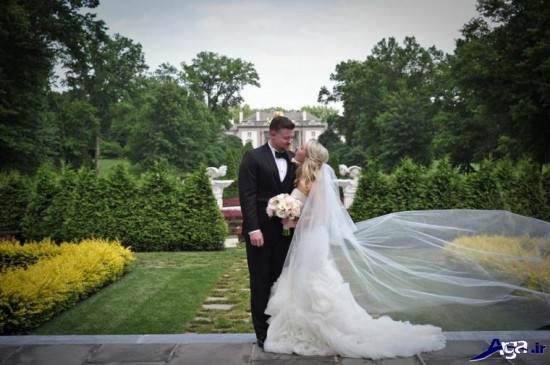 عکس عروس و داماد در باغ با ژست زیبا