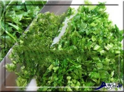 خرد کردن سبزی قورمه سبزی