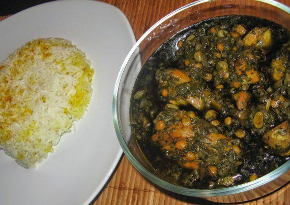 طرز تهیه قورمه سبزی با مرغ در منزل