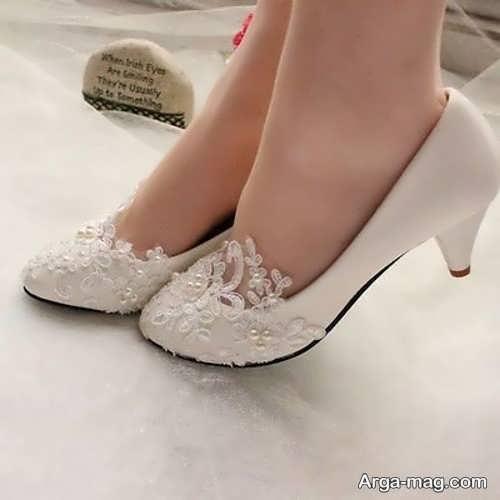 کفشهای پاشنه دار عروس