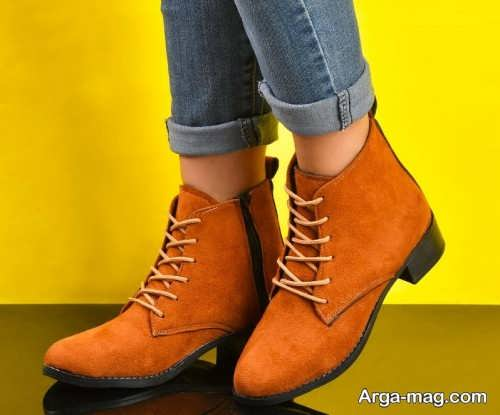 کفشهای پاشنه دار تماشایی