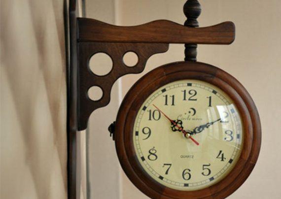 عکس ساعت دیواری چوبی