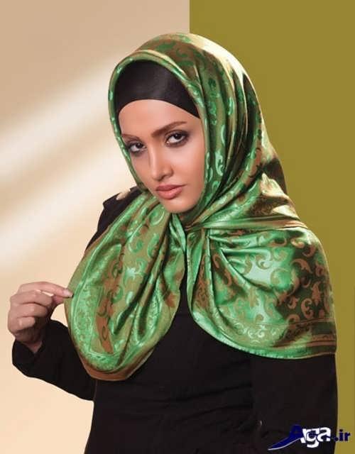 مدل بستن روسری سبز
