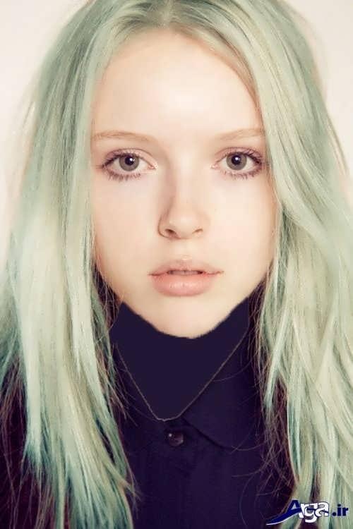 رنگ موی سبز بسیار روشن