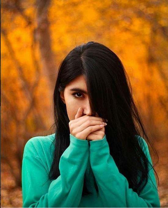 عکس دختر غمگین و عاشق