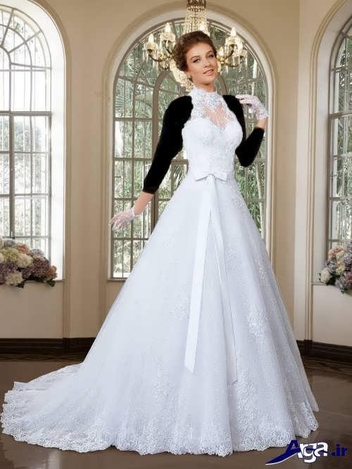 [تصویر:  Wedding-dress-behind-the-neck-21.jpg]