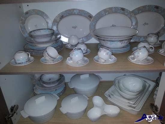 تزیین ظروف در کابینت عروس