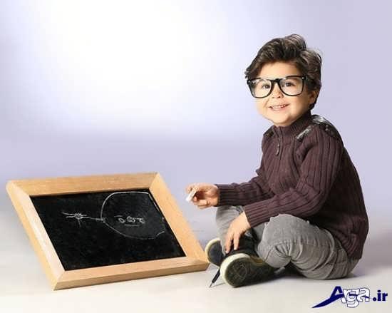 ژست زیبا برای عکس کودک