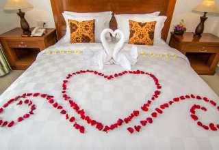 تزیین تخت خواب با کمک ایده های ارزان و خلاقانه