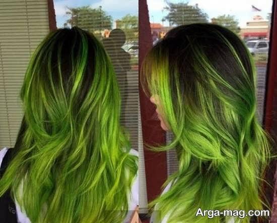 مدلی زیبا از رنگ مو سبز