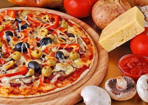 طرز تهیه پیتزا ایتالیایی خوشمزه و لذیذ