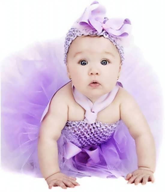 عکسی زیبا از کودک ناز و بامزه