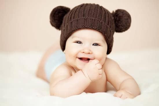 عکس نوزاد بامزه و بسیار زیبا