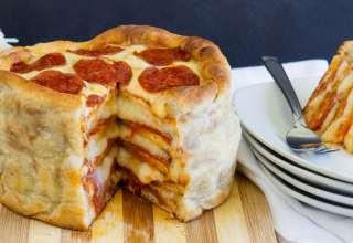 طرز تهیه کیک پیتزا در خانه
