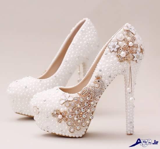 تزیین زیبا کفش عروس با مروارید