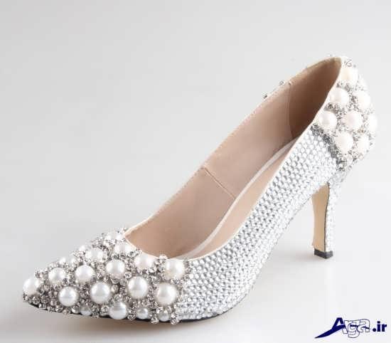 تزیین کفش مجلسی با مروارید