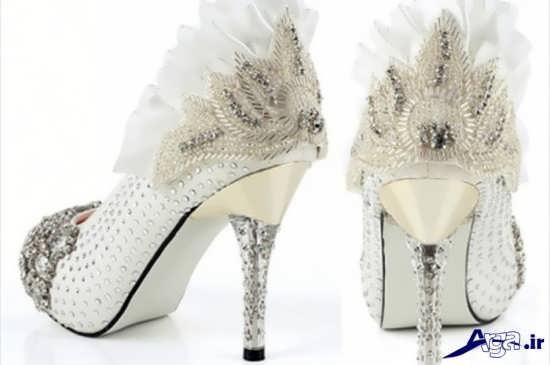تزیین زیبای کفش های عروس