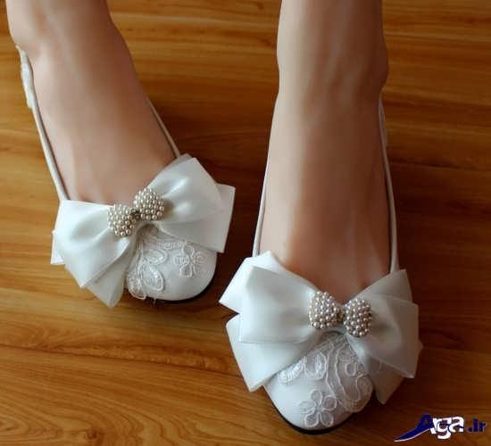 تزیین کفش سفید با پارچه