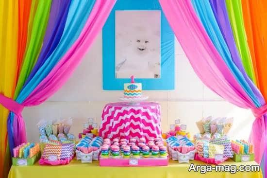 دیزاین تولد شیک با طرح رنگین کمانی