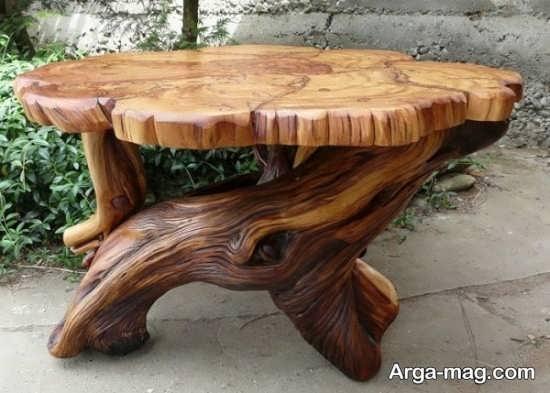 دکوراسیونی جالب با میز و صندلی روستیک