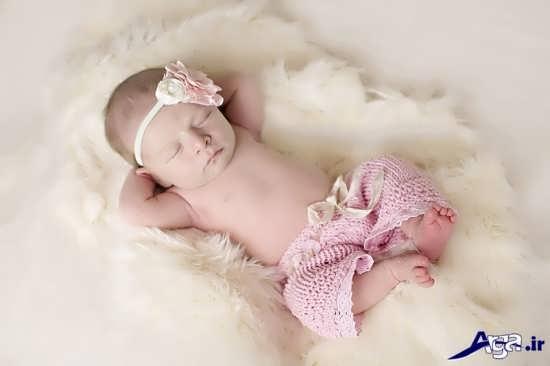 ژست متفاوت عکس نوزاد