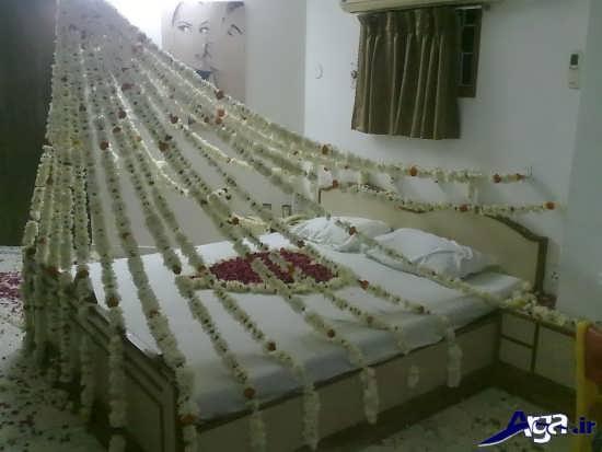 تزیین اتاق خواب عروس با گل های طبیعی