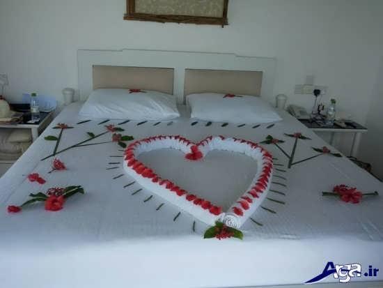 تزیین تختخواب عروس با گل طبیعی