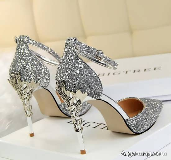 تزیینات جالب کفش عروس