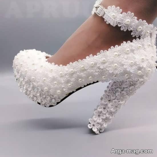 ایده تزیین کفش عروس