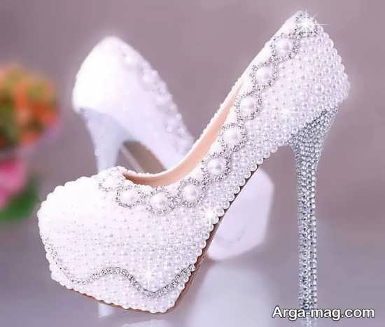 تزییناتی از کفش عروس