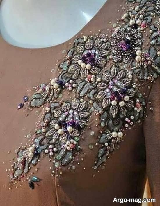 پولک دوزی روی مانتو با طرحی زیبا
