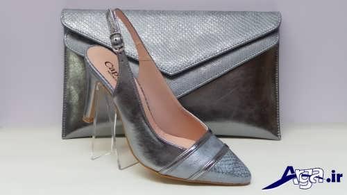 مدل کیف و کفش خاکستری زنانه