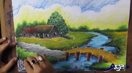 نقاشی کشیدن با پاستل رنگی