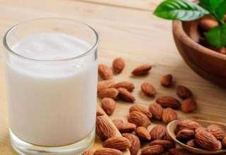 طرز تهیه شیر بادام در منزل