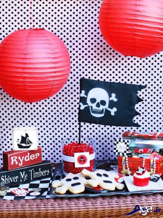 بادکنک قرمز نوعی تم و طراحی برای تزین جشن تولد کودک پسر خود