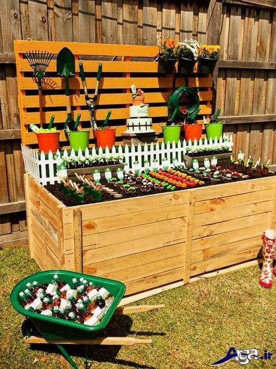 استفاده از جعبه های ساده چوبی برای تزیین جشن تولد پسران