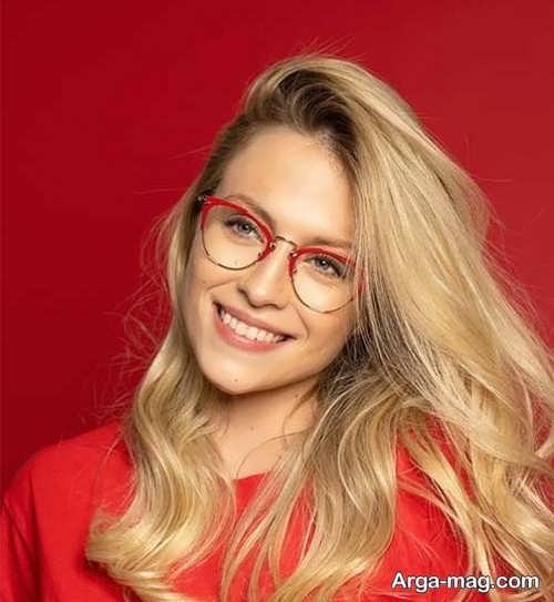 مدلی جدید از عینک طبی دختران