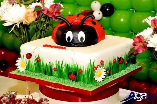 کیک تولد شبیه کفشدوزک برا یجشن تولدها