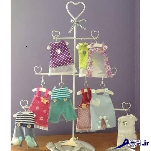 تزیین زیبا و ساده پوشاک نوزاد