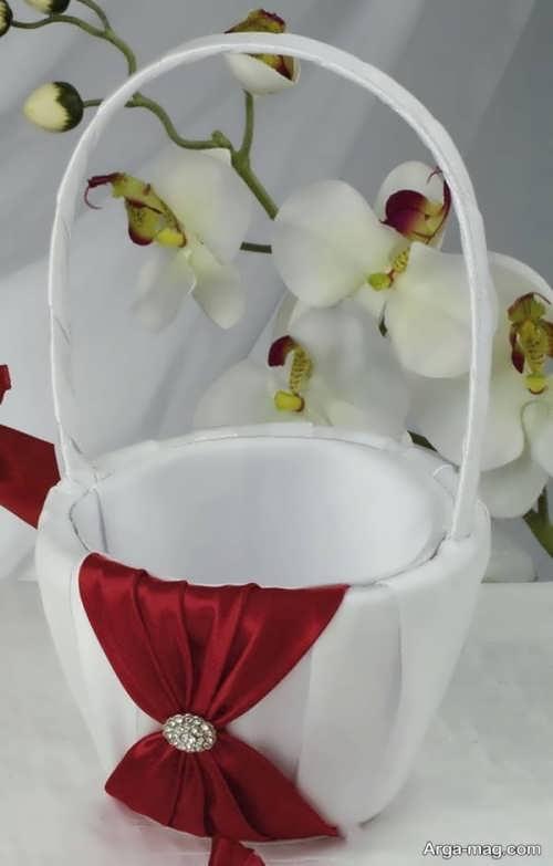 انواع مدل و طرح تزیین سبد هدیه برای عروس و داماد با روبان