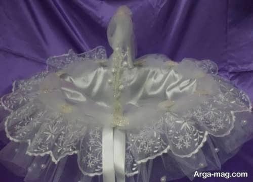 تزیین سبد گل با تزیینات زیبا برای عروس