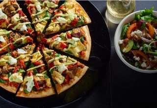 طرز تهیه پیتزا قارچ و مرغ در منزل