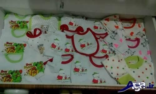 چیدن پوشاک نوزاد در کمد