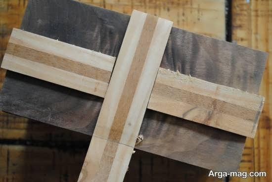 تزیین روی جعبه چوبی