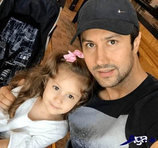 عکس سلفی شاهرخ استخری و دخترش