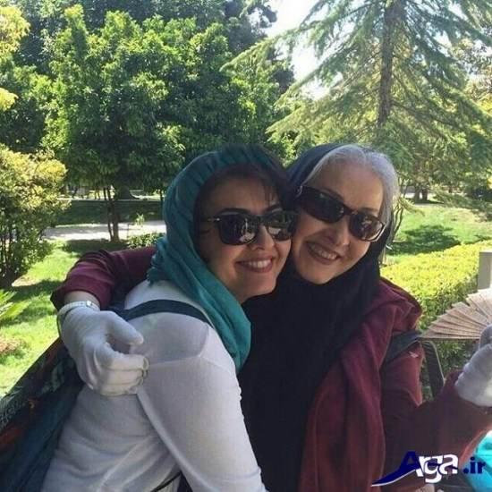 عکس آناهیتا همتی و مادرش